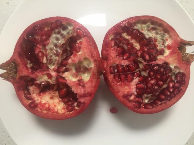 Mini Pavlova with Pomegranate